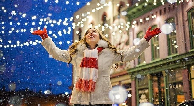 Vetrine natalizie: come addobbare le vetrine di Natale