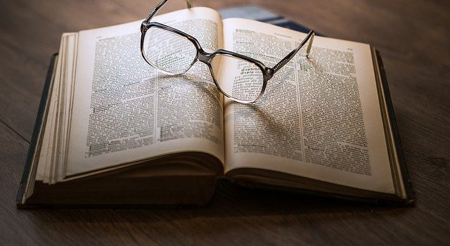 Come recensire un libro