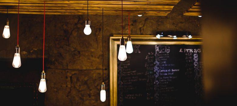 5 consigli per scegliere la tariffa luce più conveniente