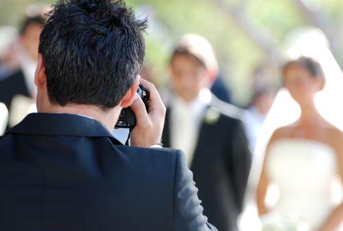Fotografo per matrimonio: perché scegliere un professionista?